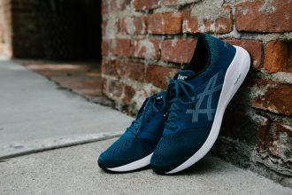 รองเท้าวิ่ง ASICS